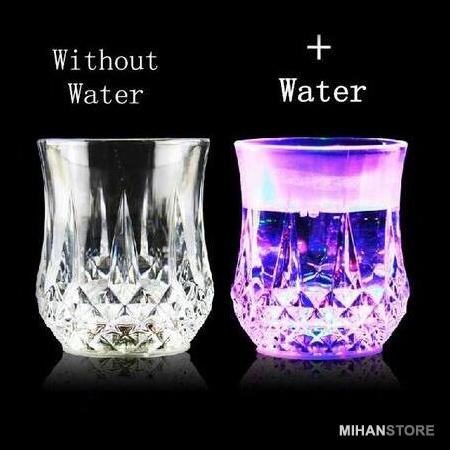 لیوان دارای LED ال ای دی دار از پلاستیک فشرده کاملا شفاف و نشکن